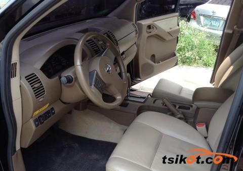 Nissan Navara 2011 - 6