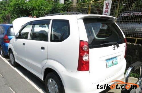 Toyota Avanza 2009 - 6