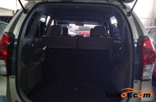 Toyota Avanza 2013 - 4