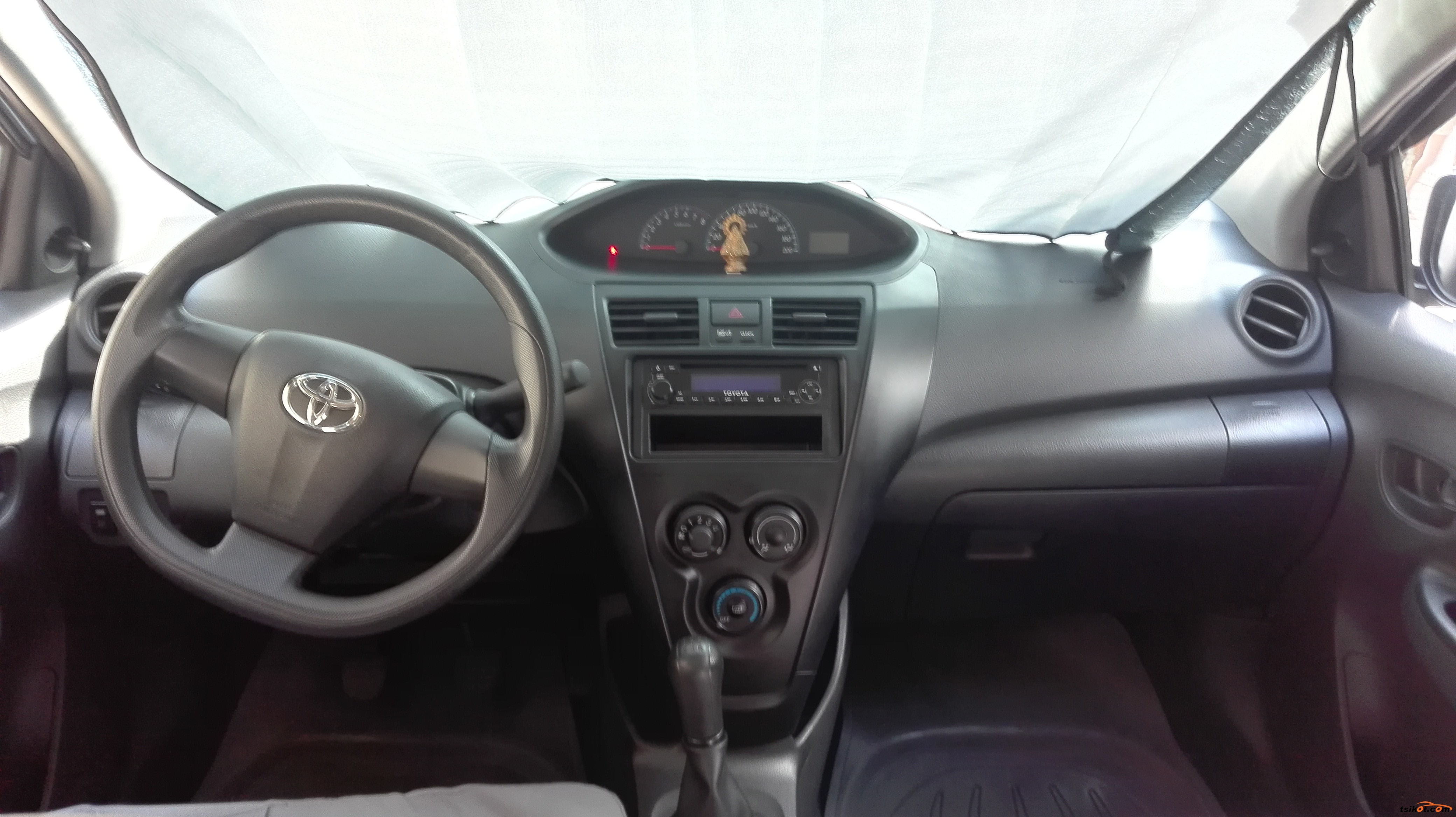 Toyota Vios 2013 - 8
