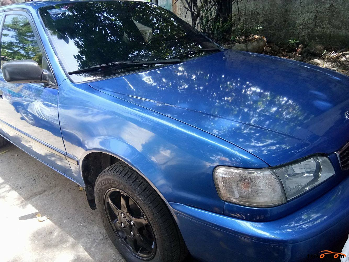 Toyota Corolla 2000 - 5