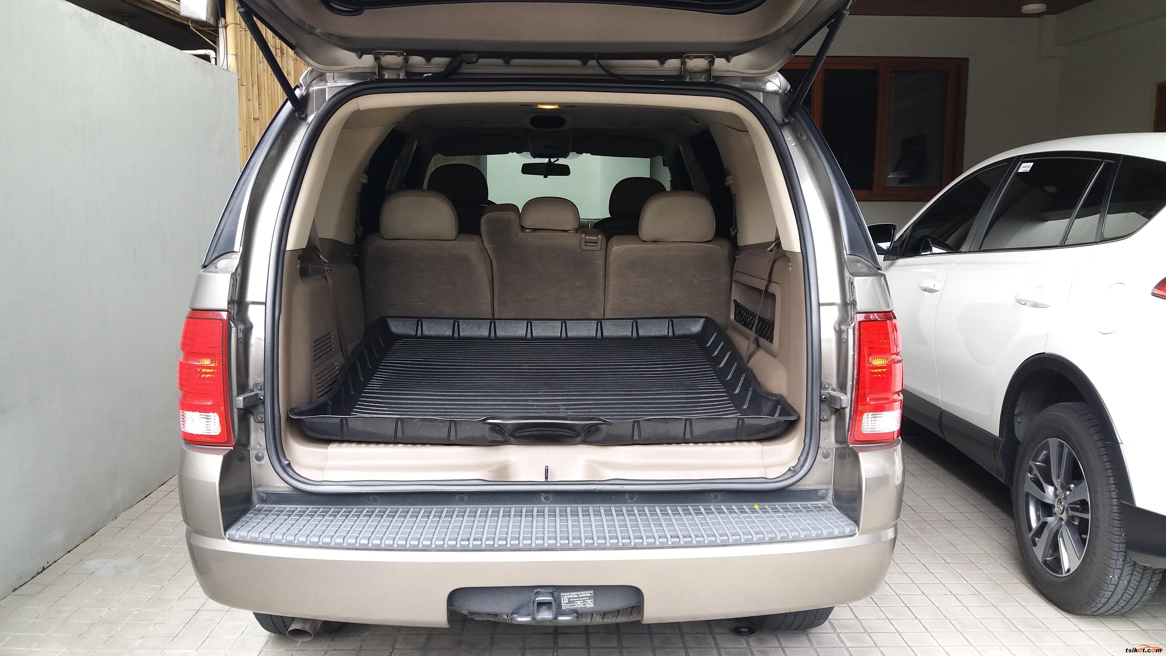 Ford Explorer 2005 - 5