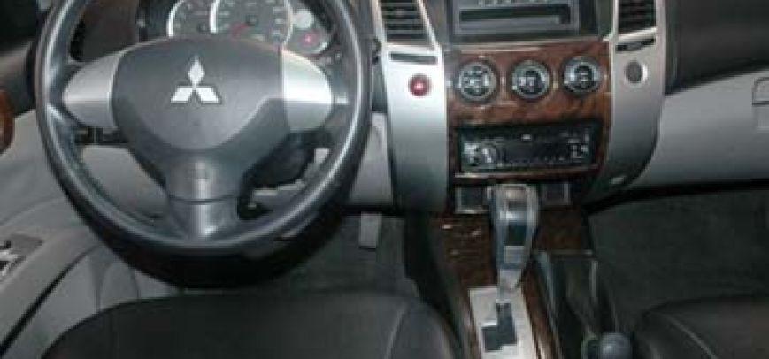 Mitsubishi Montero 2006 - 6