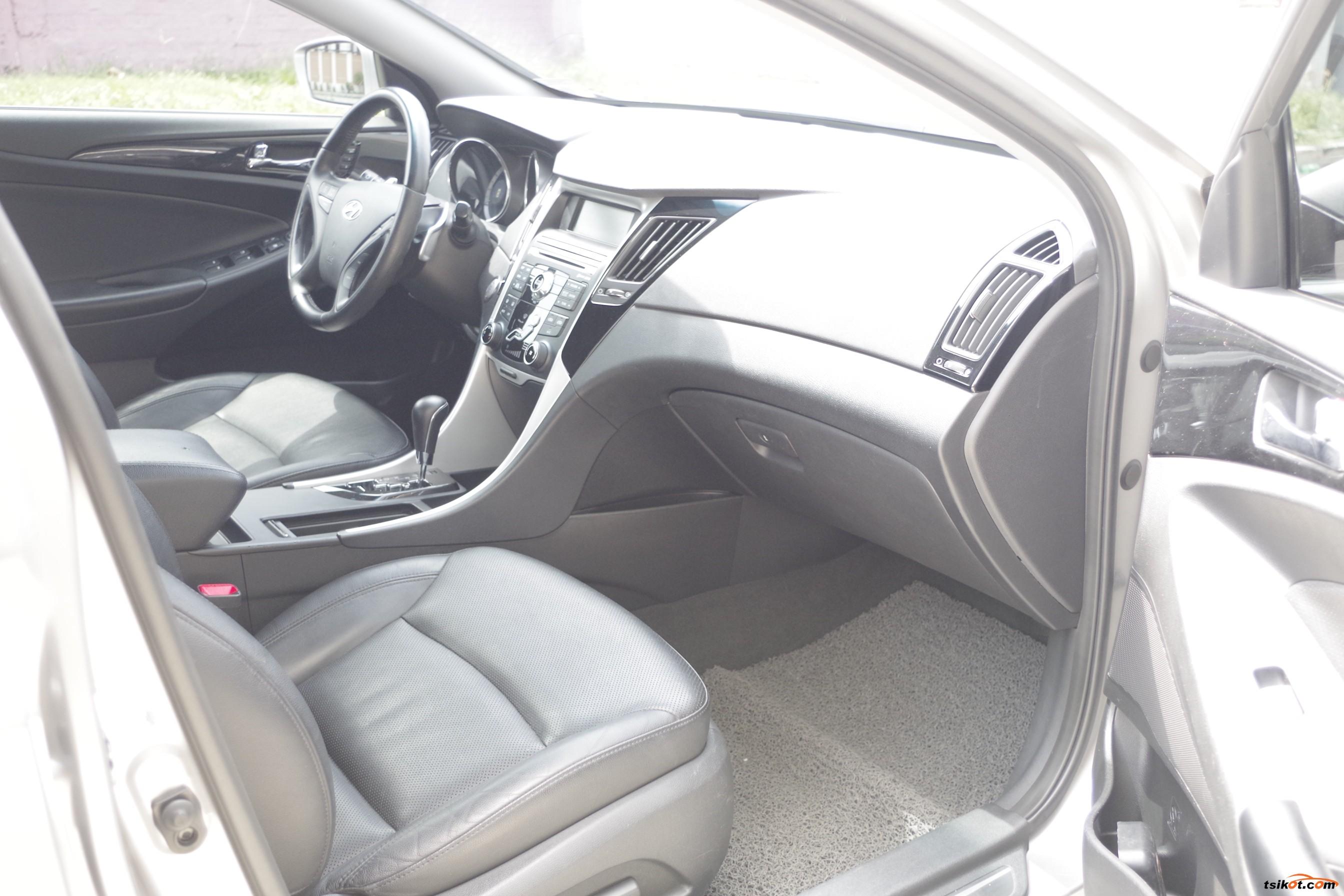 Hyundai Sonata 2014 - 9