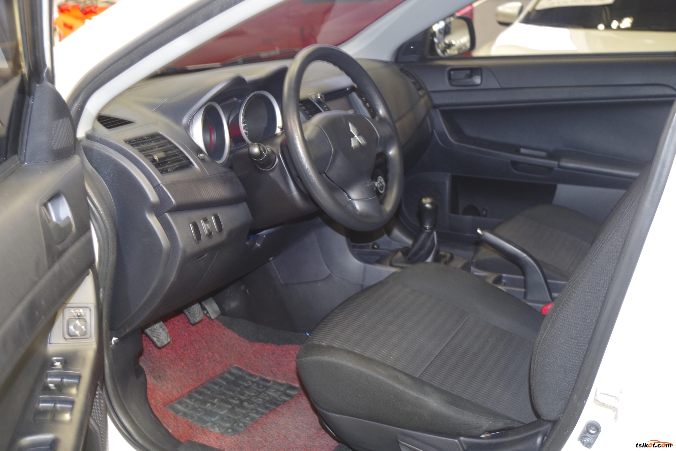 Mitsubishi Lancer 2013 - 5