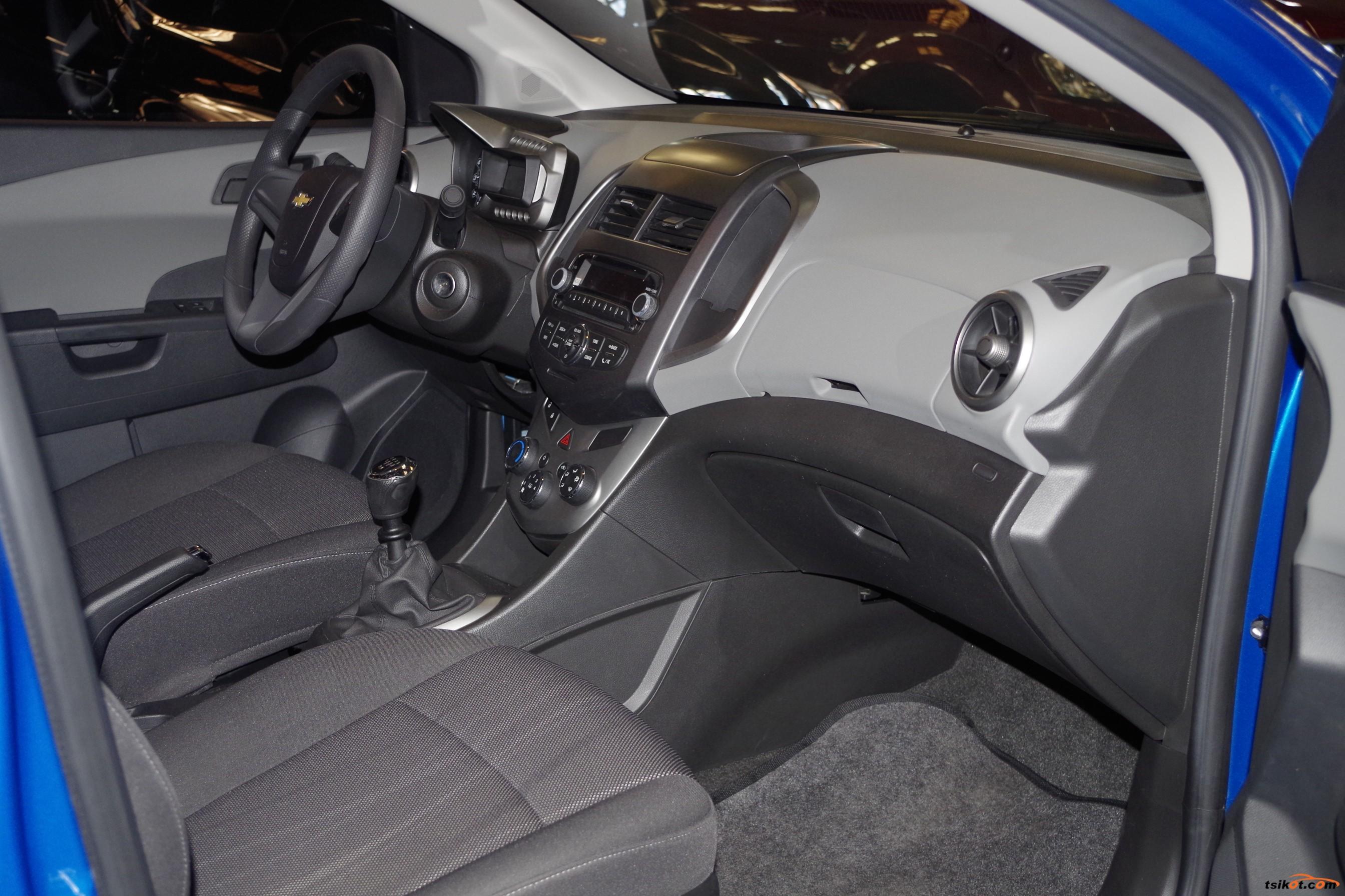 Chevrolet Sonic 2014 - 9