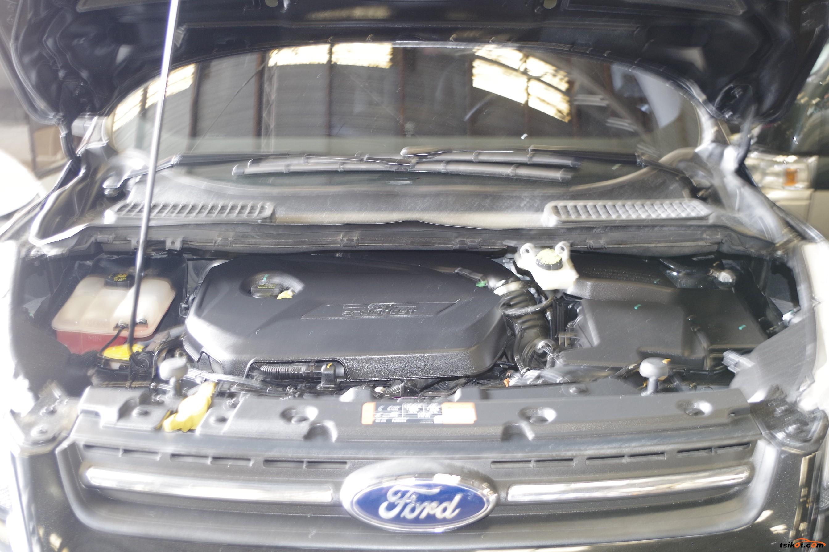 Ford Escape 2015 - 10