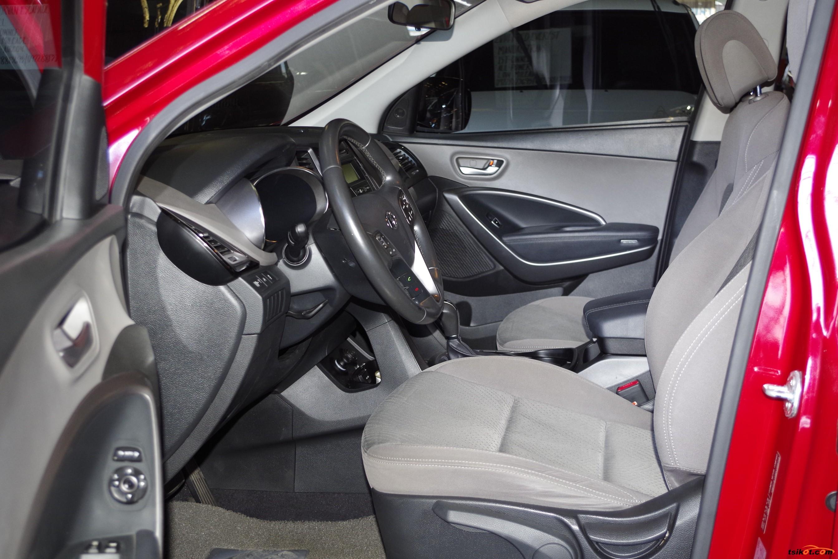 Hyundai Santa Fe 2013 - 10