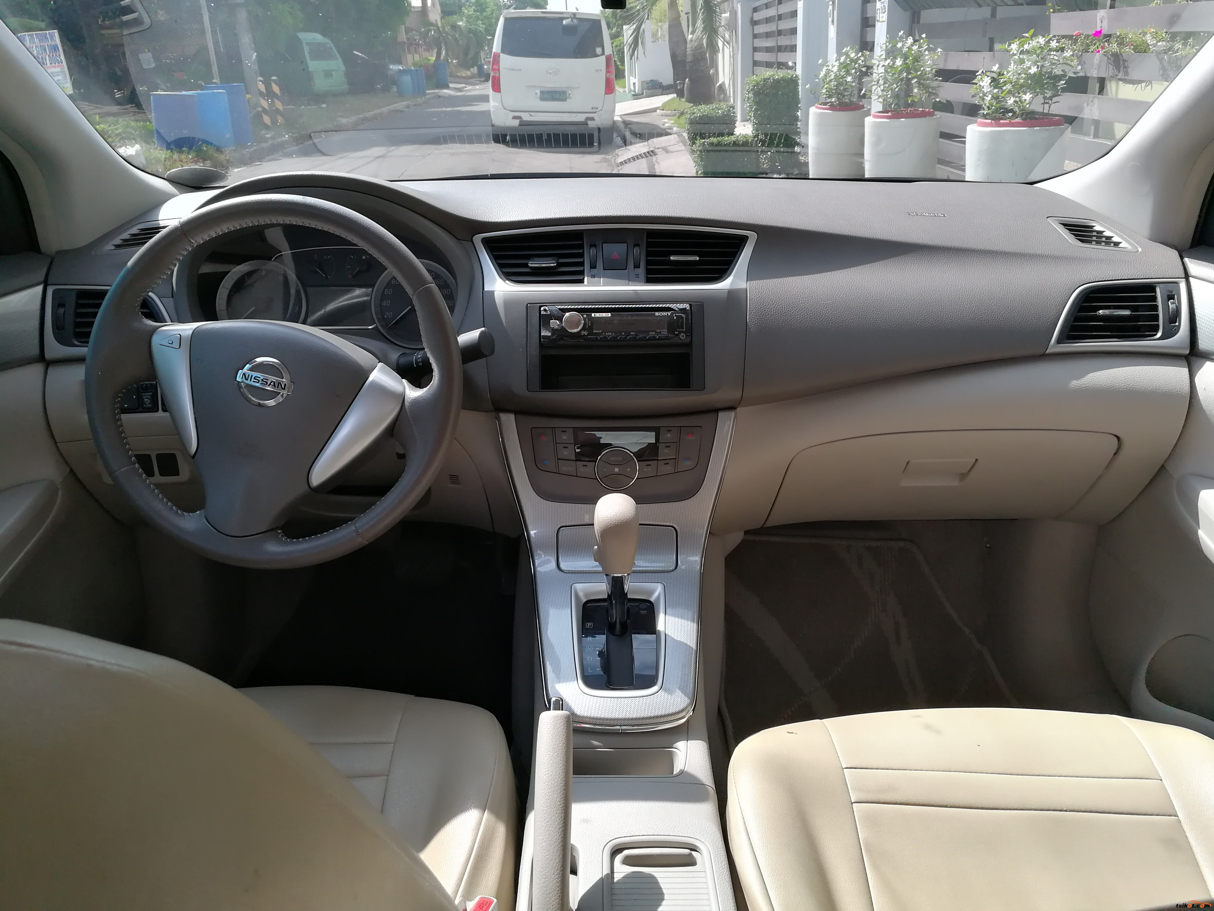 Nissan Sylphy 2015 - 10