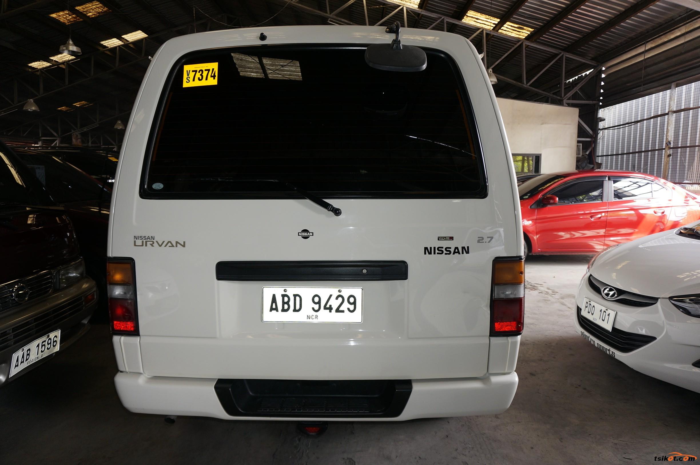 Nissan Urvan 2015 - 4