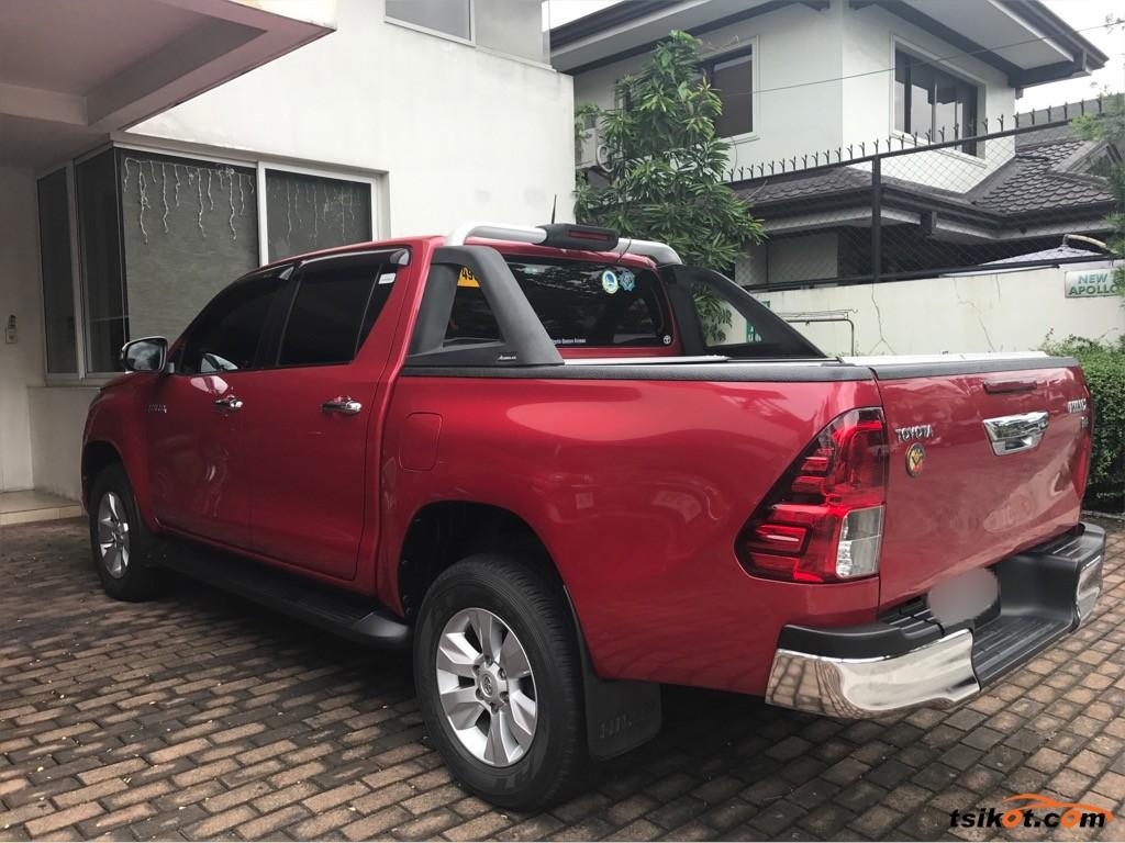 Toyota Hilux 2015 - 10