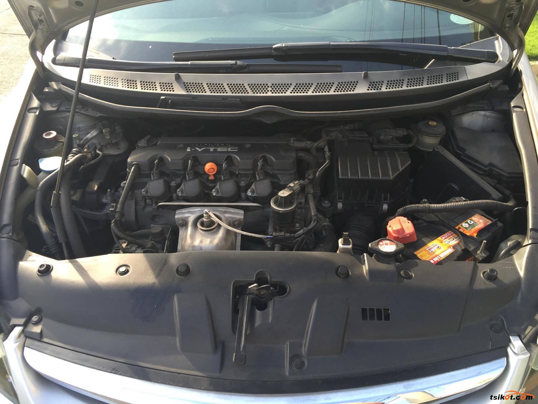 Honda Civic 2007 - 9