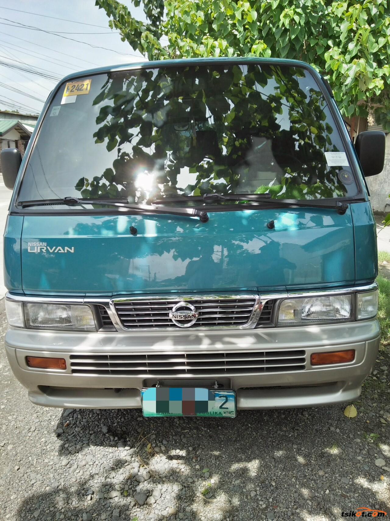Nissan Urvan 2013 - 3
