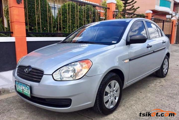 Hyundai Accent 2009 - 1