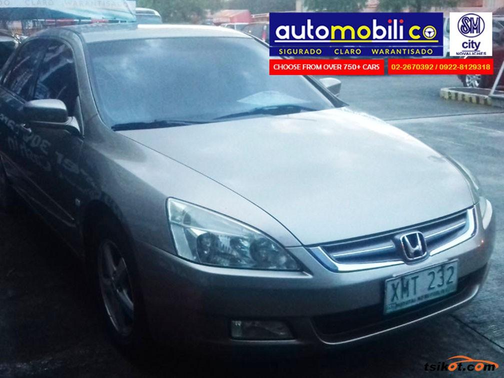 Honda Accord 2005 - 4