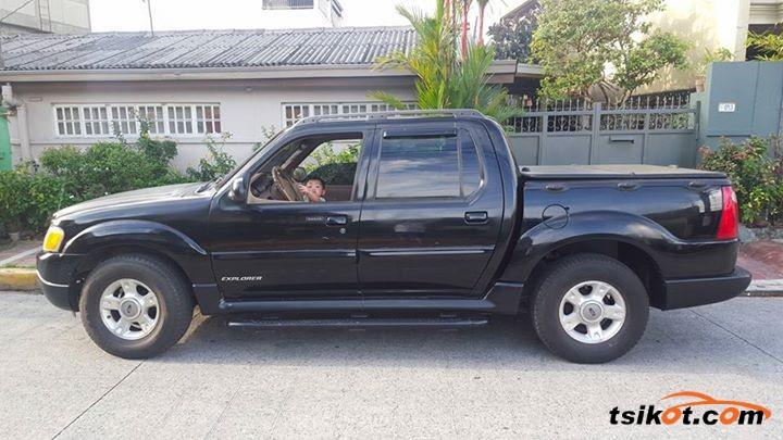 Ford Explorer 2002 - 6