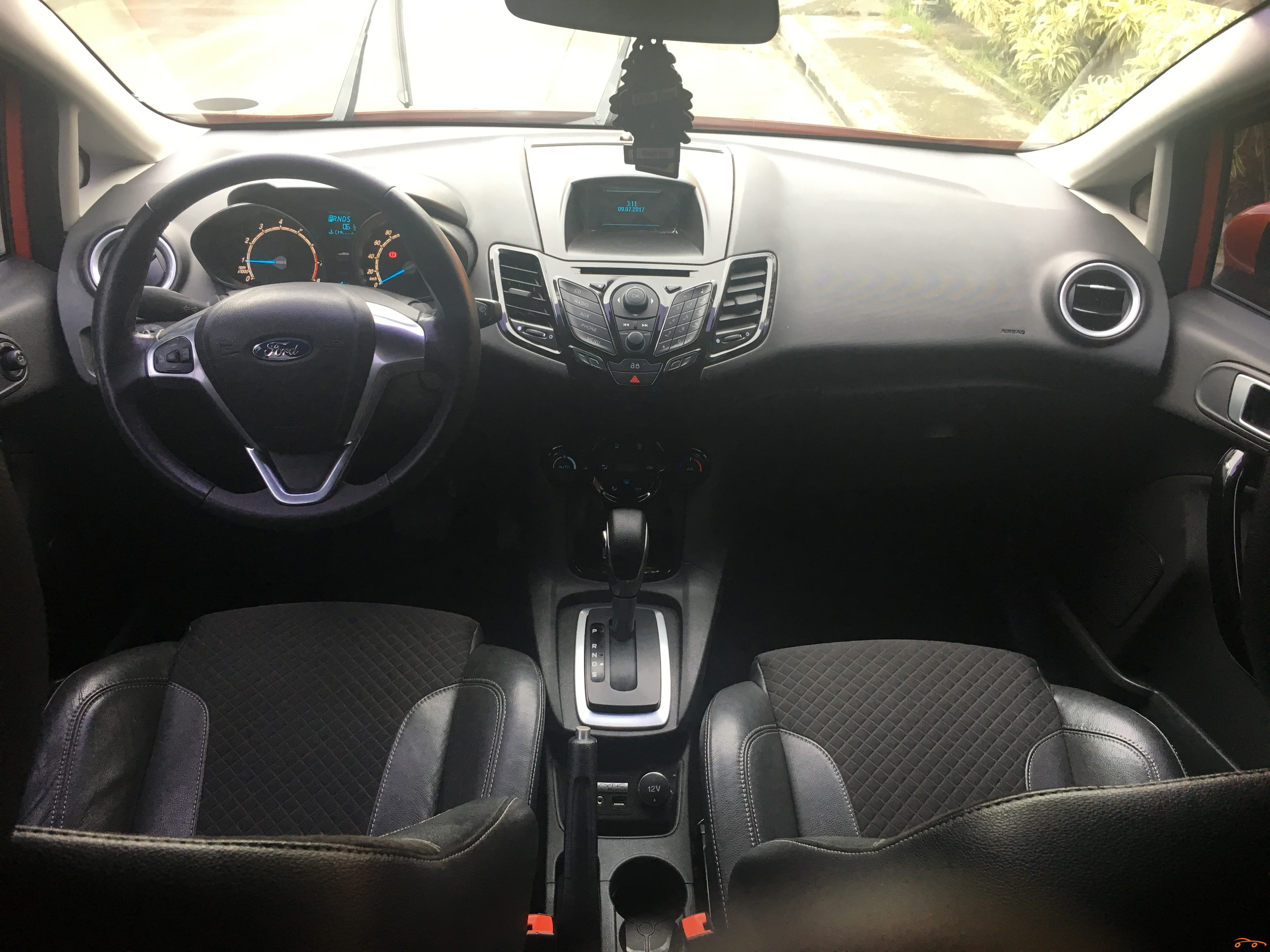 Ford Fiesta 2015 - 7