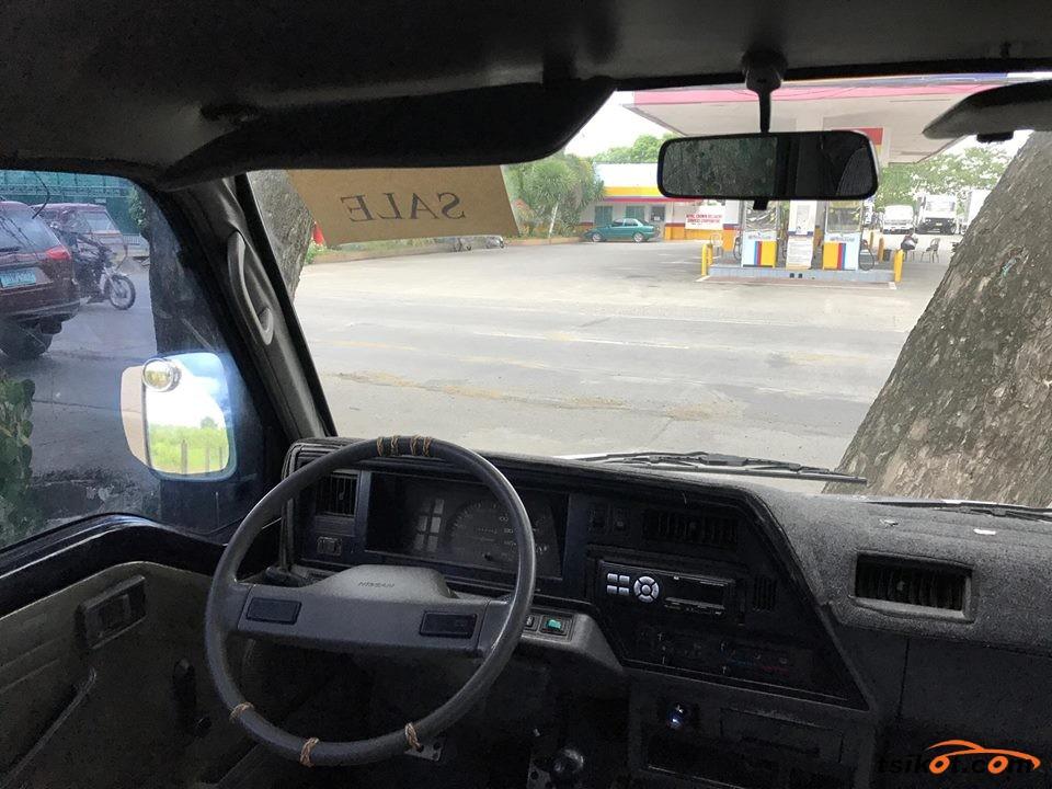 Nissan Urvan 1990 - 9