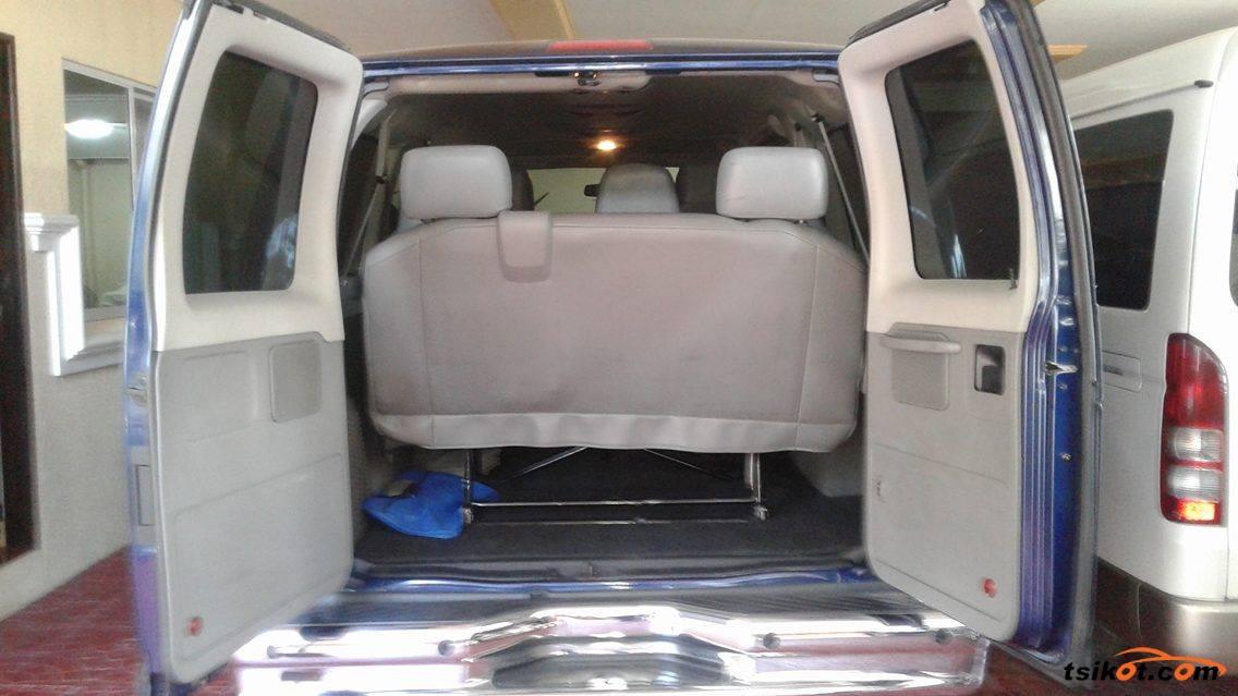 Ford E-150 2010 - 3