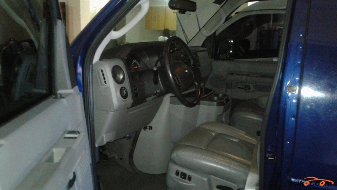 Ford E-150 2010 - 4