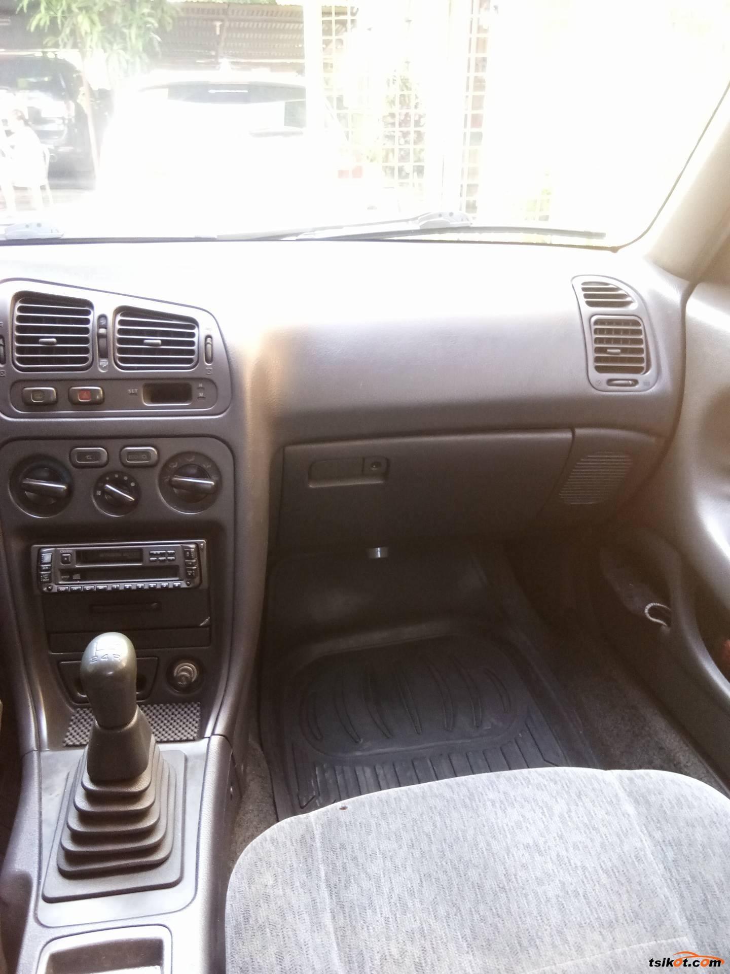 Mitsubishi Galant 1994 - 8