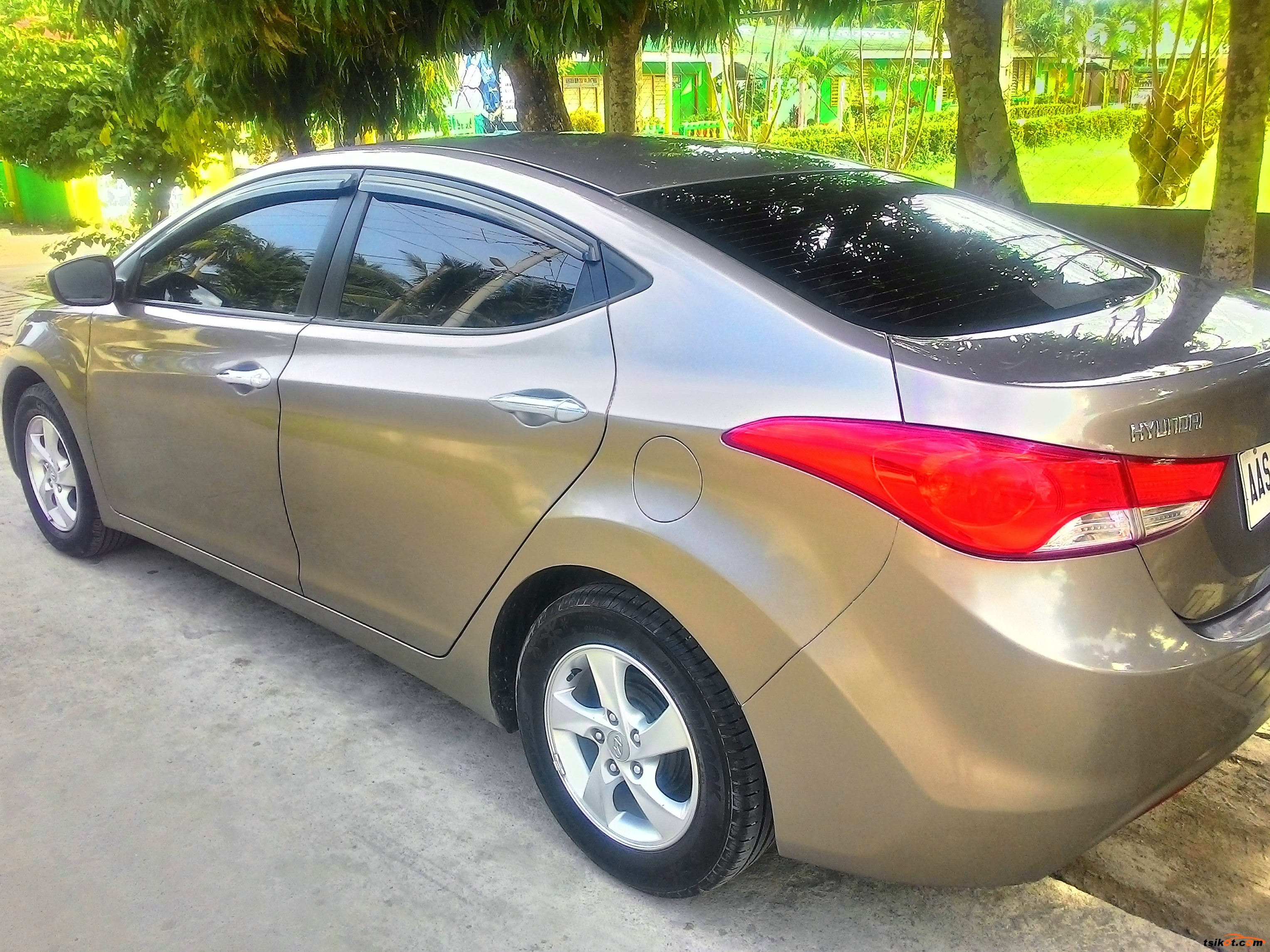 hyundai elantra 2014 car for sale metro manila philippines. Black Bedroom Furniture Sets. Home Design Ideas