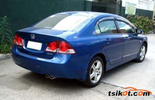 Honda Civic 2006 - 3
