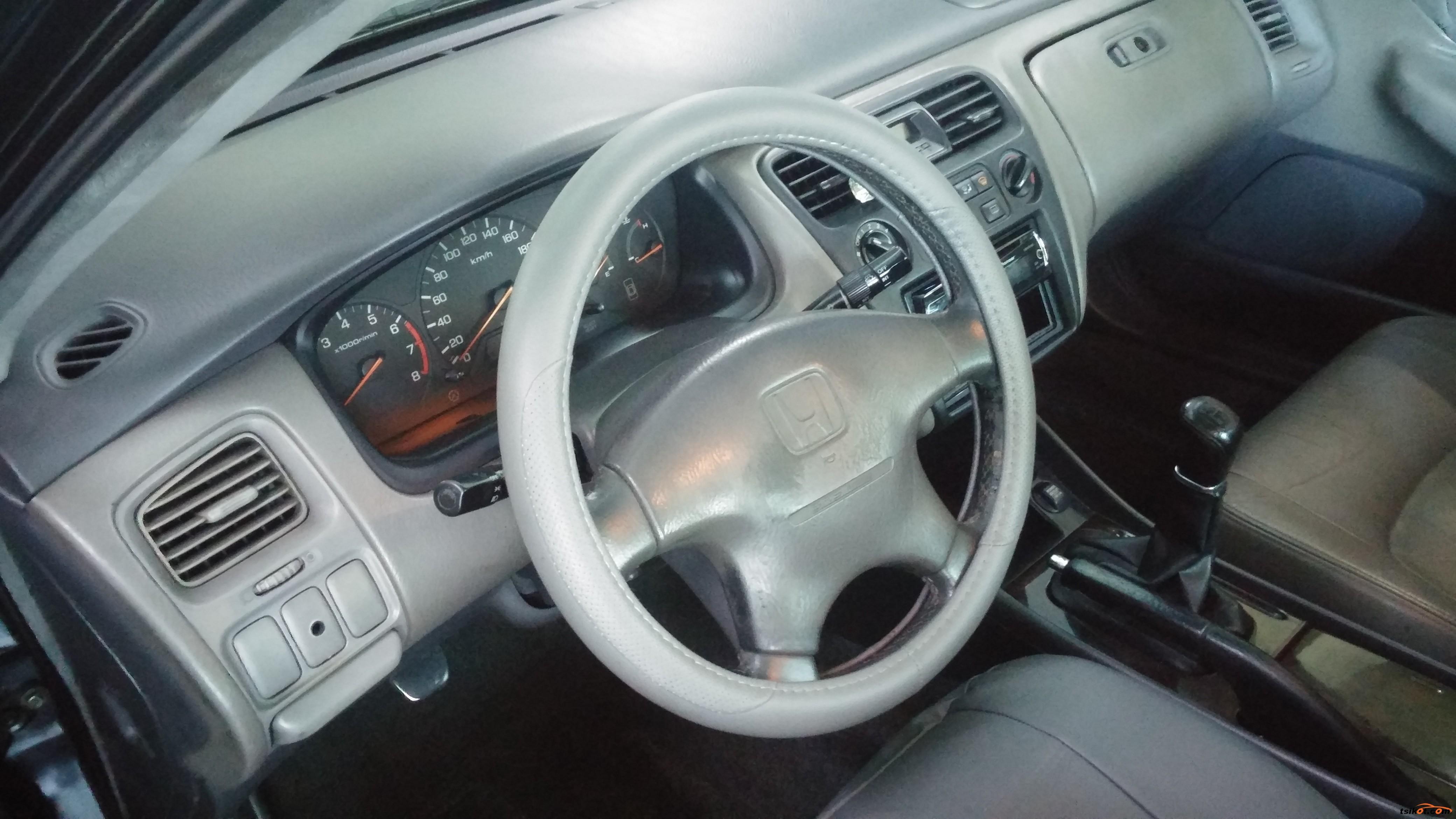 Honda Accord 1999 - 9