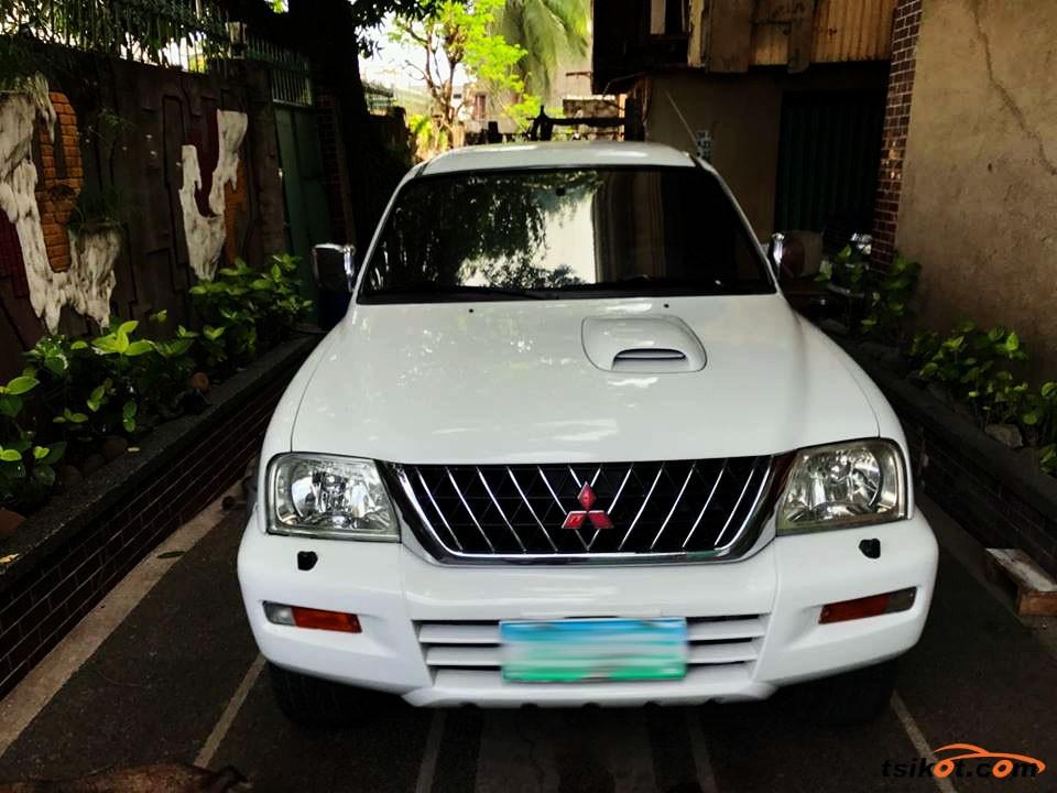 Mitsubishi Strada 2005 - 6