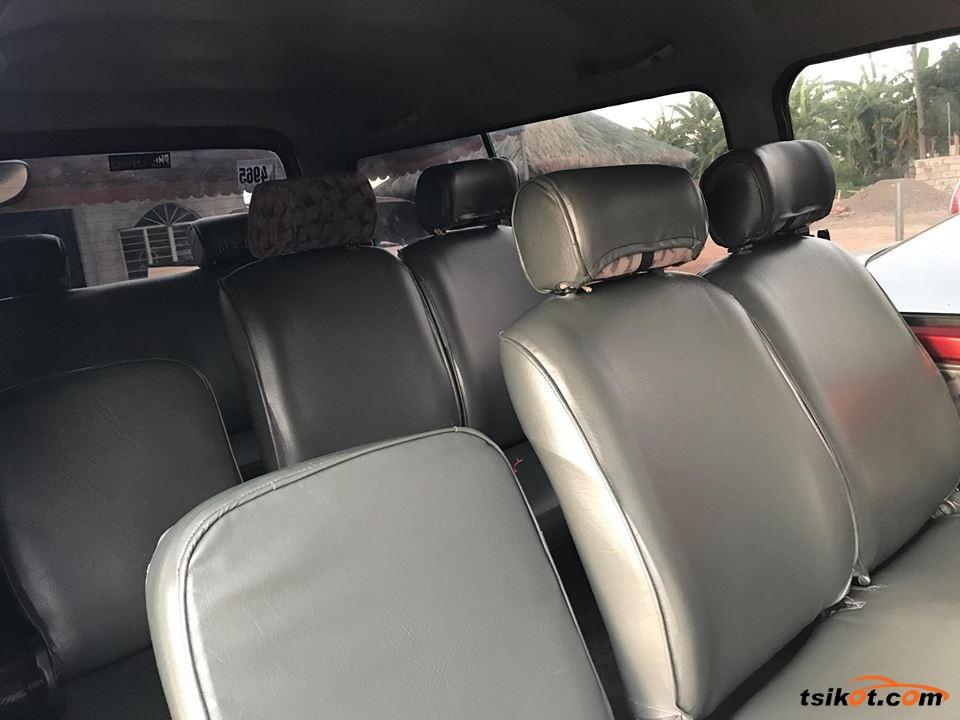 Nissan Escapade 2013 - 3