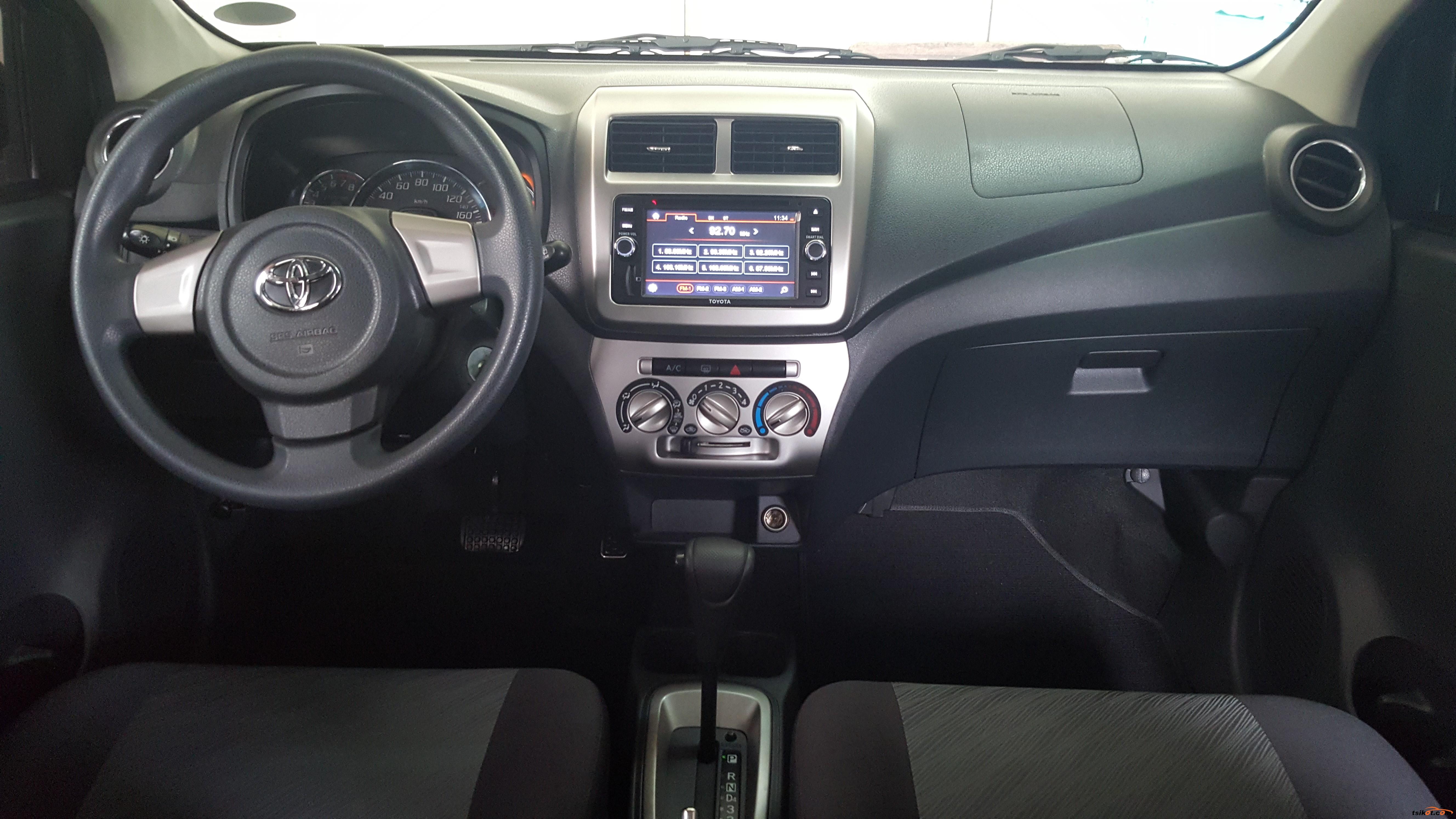 Toyota Wigo 2015 - 9