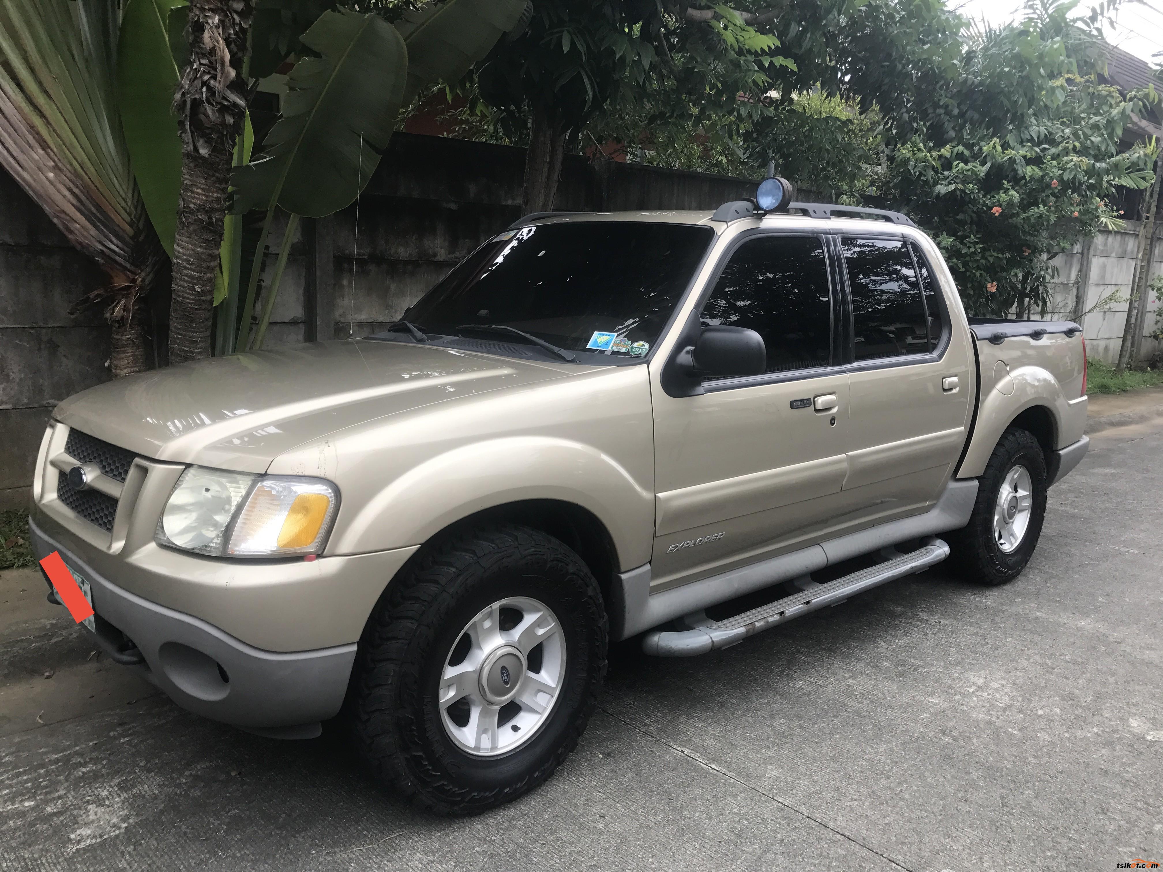 Ford Explorer 2003 - 3