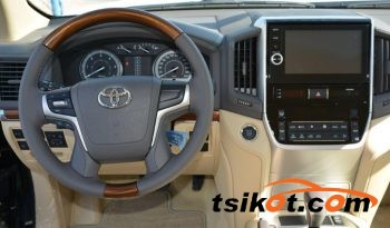 Toyota Land Cruiser 2017 - 9