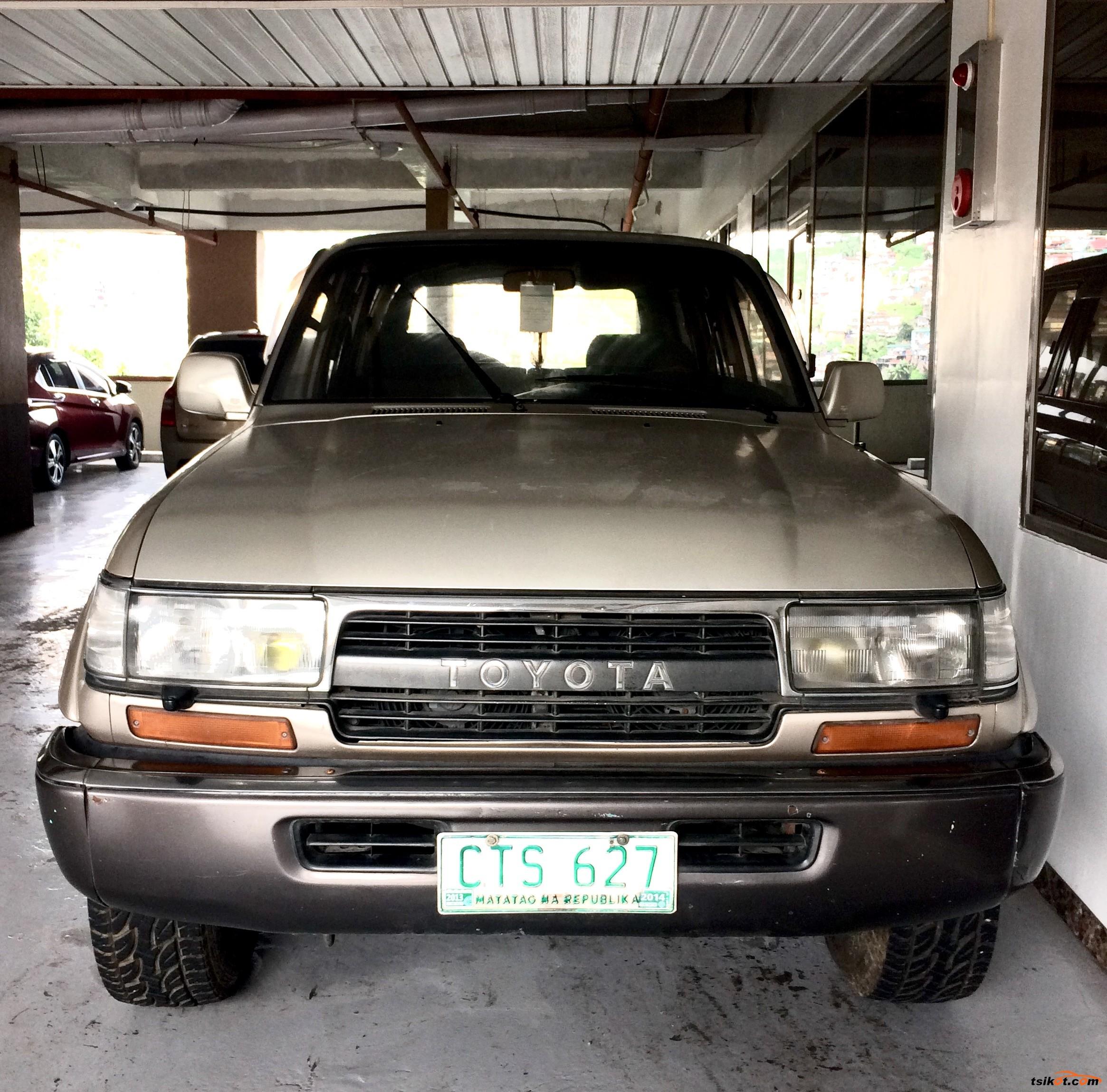 Toyota Land Cruiser 1993 - 1