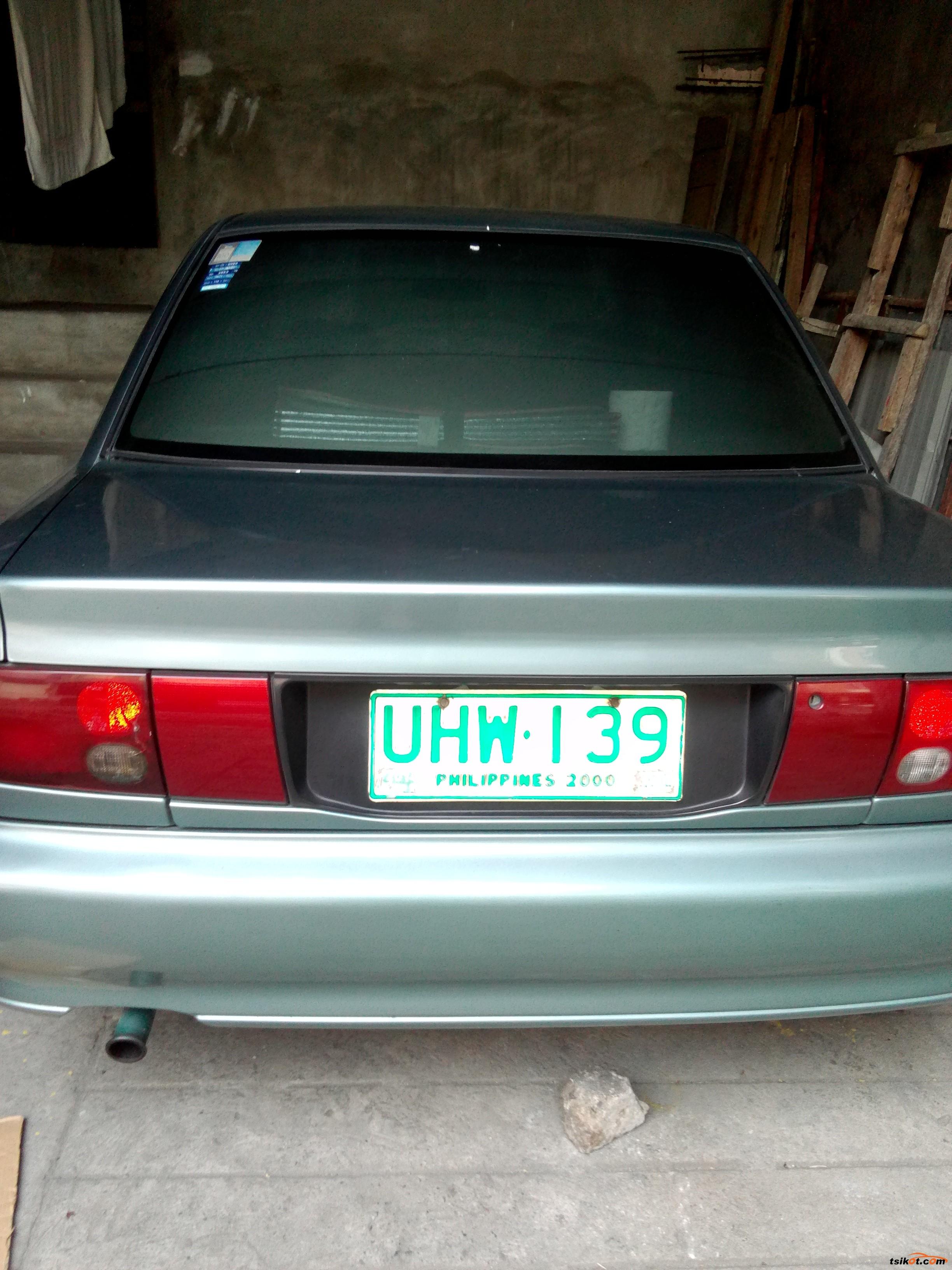 Mitsubishi Lancer 1996 - 8