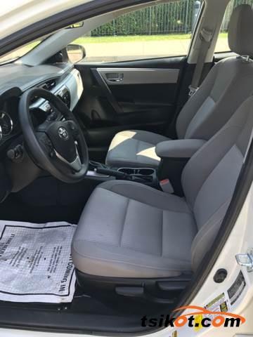 Toyota Corolla 2016 - 4