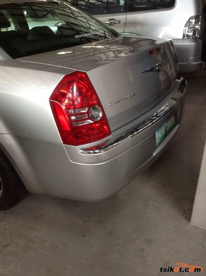 Chrysler 300C 2015 - 6
