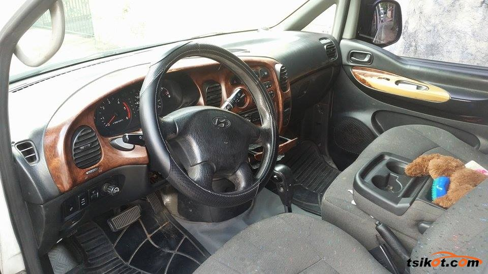 Hyundai Starex 2002 - 6