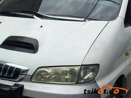 Hyundai Starex 2002 - 8