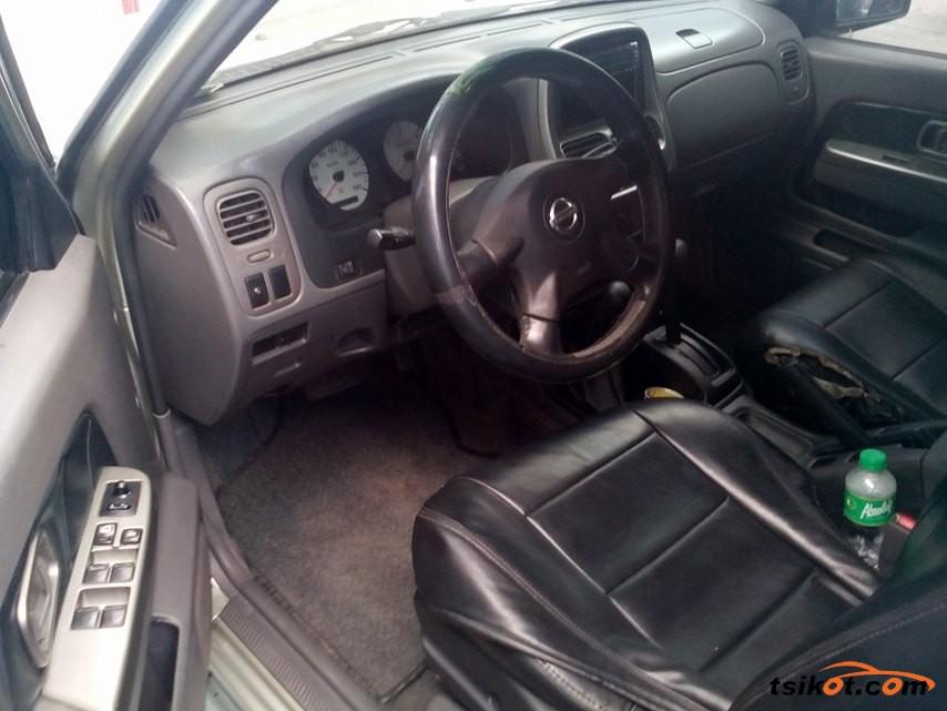 Nissan Frontier 2004 - 4