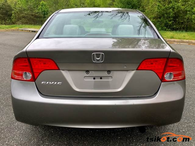 Honda Civic 2006 - 6