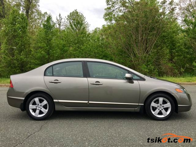 Honda Civic 2006 - 7