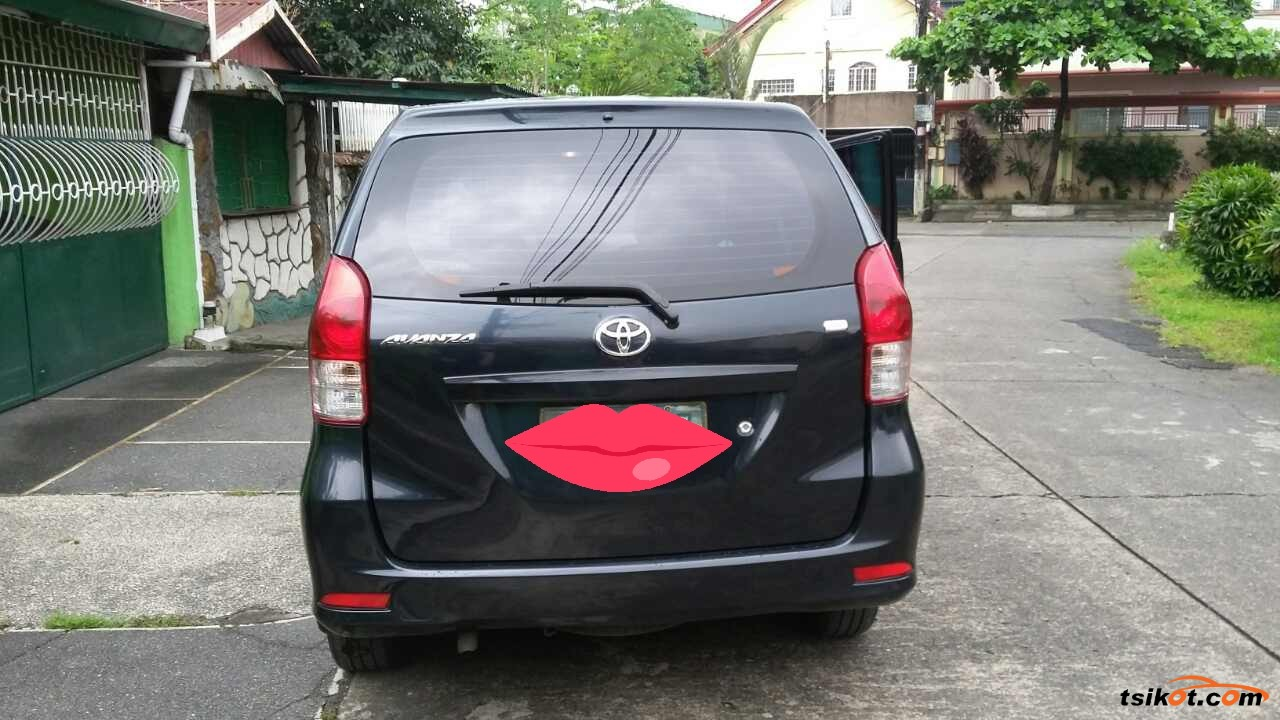 Toyota Avanza 2013 - 2