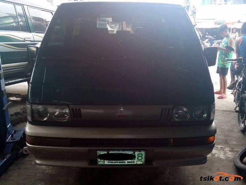 Mitsubishi L-300 1998 - 1