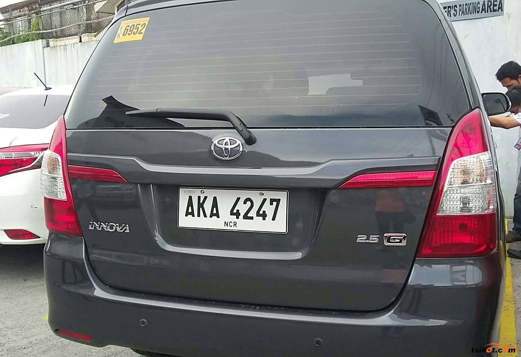 Kekurangan Toyota Innova 2015 Perbandingan Harga