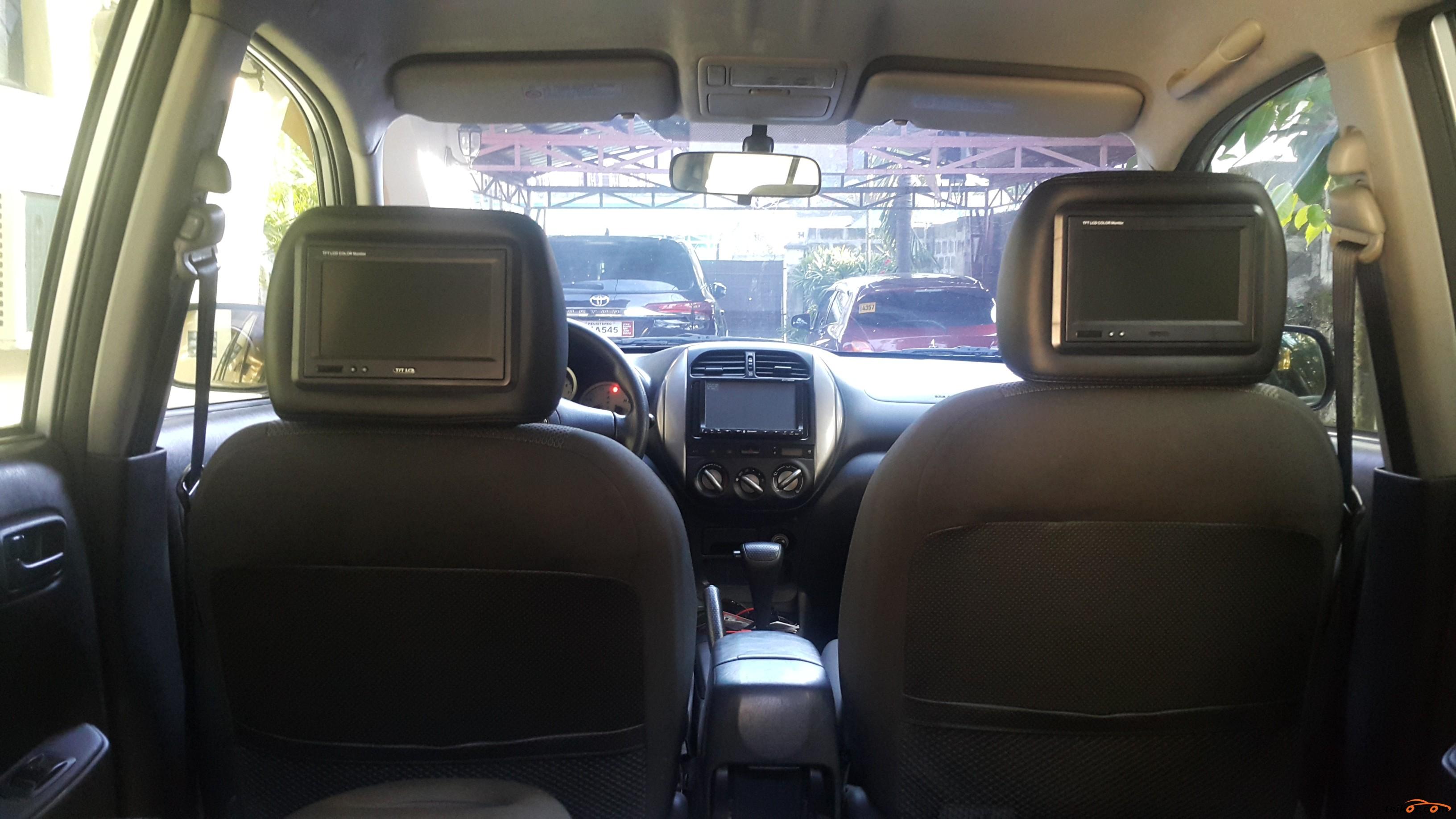 Toyota Rav4 2004 - 7