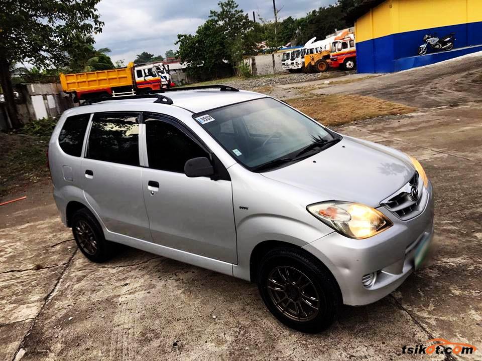 Toyota Avanza 2010 - 2