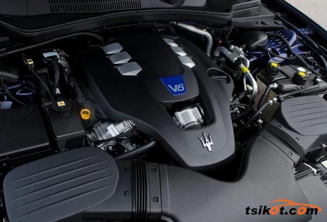 Maserati Quattroporte 2016 - 6