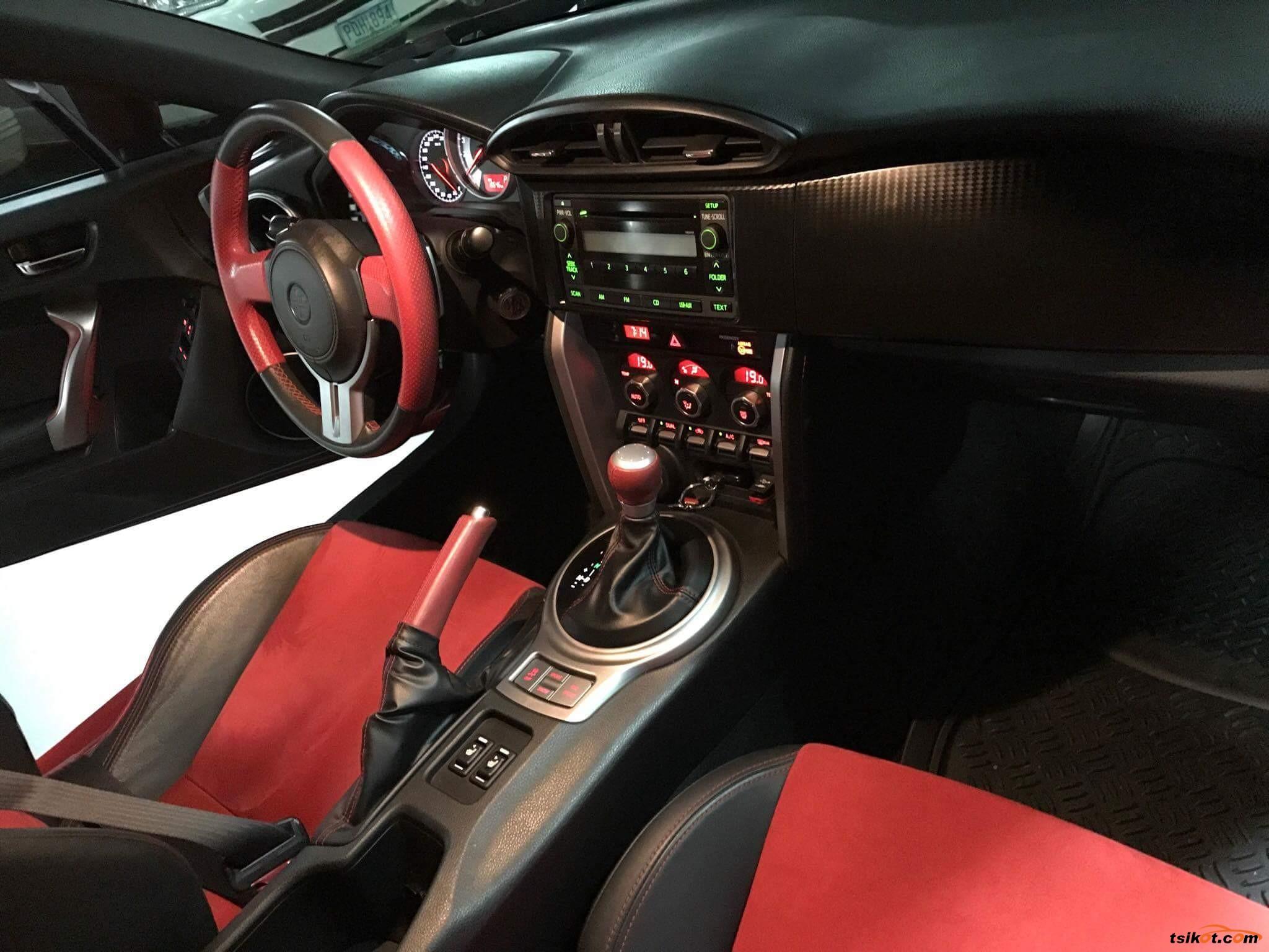 Toyota 86 2013 - 4