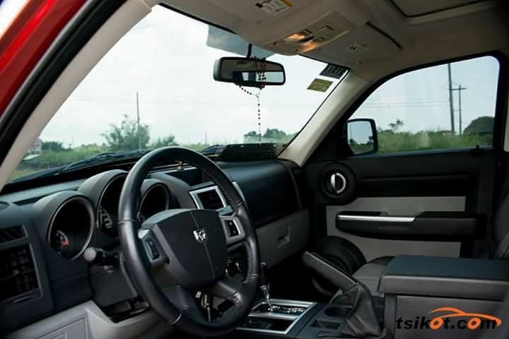 Dodge Nitro 2011 - 5